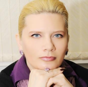 Альбина Валерьевна Попова.